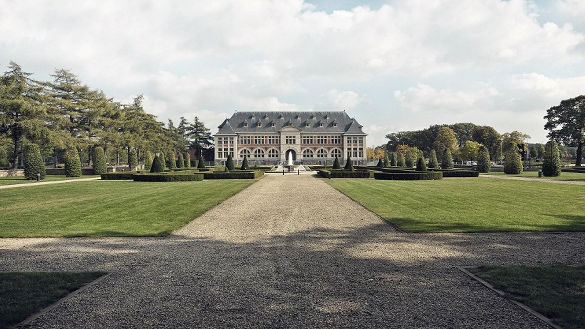 LUXE KERSTARRANGEMENT TERHILLS HOTEL MAASMECHELEN