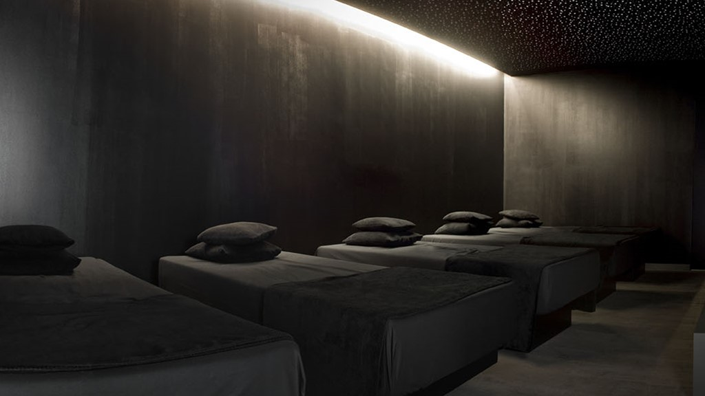 CARBON SENSE CITY SPA WELLNESS