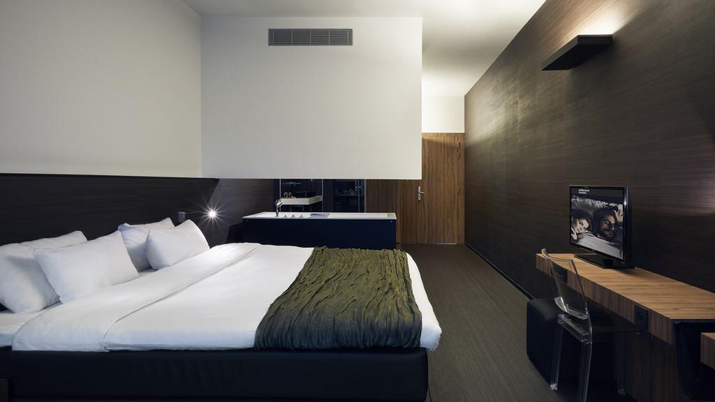 Carbon Hotel - Copacarbona