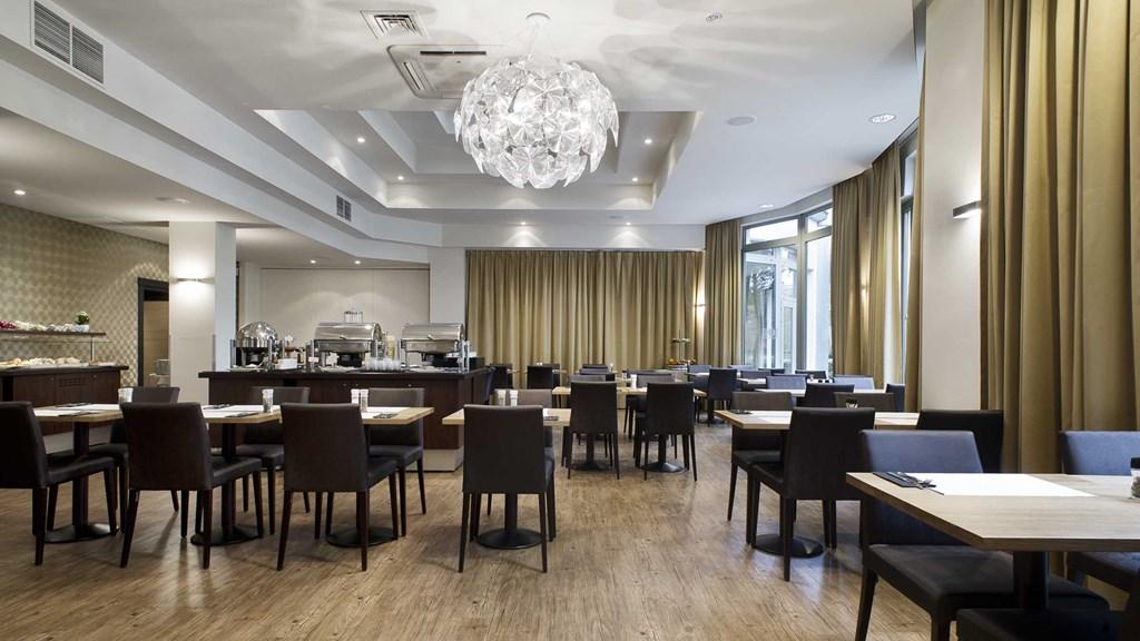 M HOTEL GENK FIETSEN EN WANDELEN